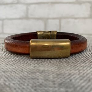 Jewelry - Weathered leather and antique brass look bracelet